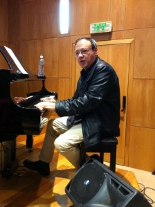 המנצח והמנהל המוזיקלי - דורון שנקר